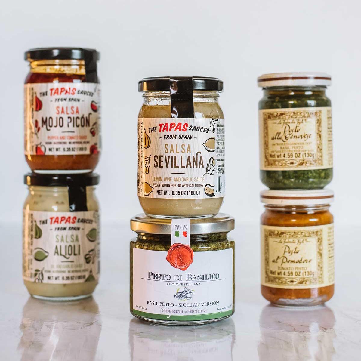 gourmet_store_salsas_sq