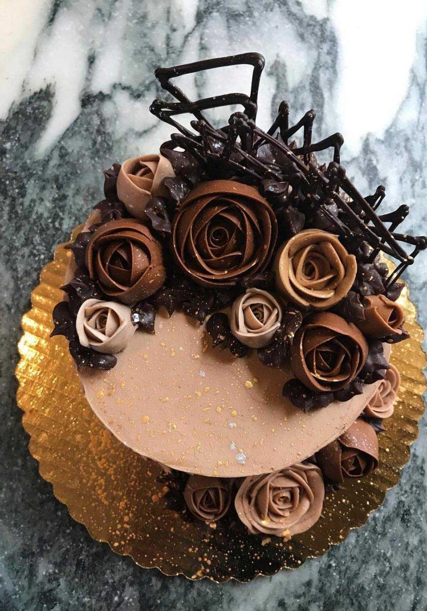 chocolate_roses_cake