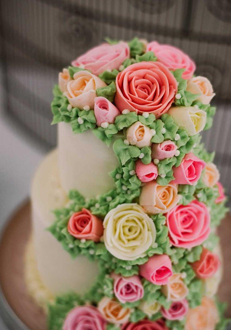 gourmet_cake_roses