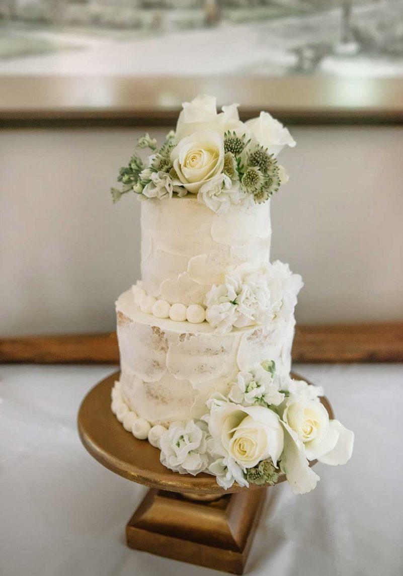 gourmet_cake_white_rose